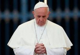 Papa repudia uso de 'instrumentos de extermínio' contra a população síria