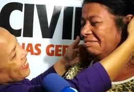 Irmãs separadas de forma trágica se reencontram 46 anos depois