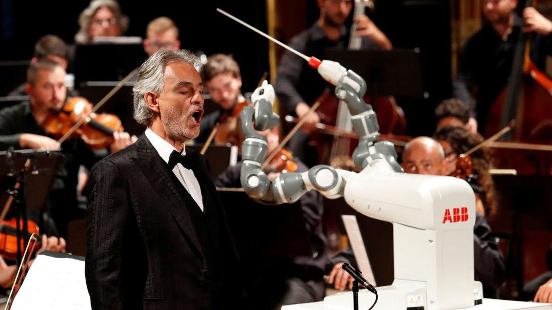 robo maestro - Bandidos tentam roubar mansão de Andrea Bocelli na Toscana