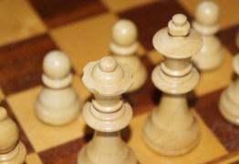 DESAFIO: Um milhão de dólares para quem resolver este 'simples' enigma de xadrez
