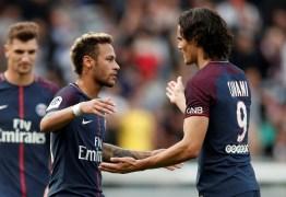 Pai de Neymar minimiza polêmica do astro com Cavani no PSG: 'Exageraram'