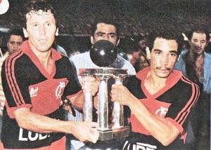 201710190228570000007596 300x214 - Flamengo entra com recurso no STF e pede divisão do título de 87