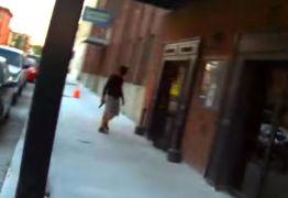 VEJA VÍDEO: Polícia atira em ator após confundir cena de filme com roubo real