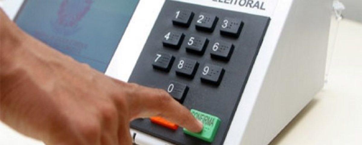 Urna eletrônica 1200x480 - Começa contagem regressiva para eleição de prefeito em Cabedelo