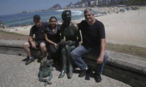 adoção de estátua 300x180 - Grupo propõe que a população adote estátuas e outras obras do patrimônio publico