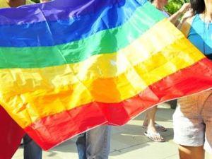 arco iris bandeira lgbt 300x225 - VAGAS EXCLUSIVAS: Começa seleção profissional para travestis, homens e mulheres trans em João Pessoa