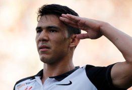 Corinthians inicia conversas para renovar com Balbuena