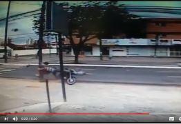 VEJA VÍDEO: Câmeras flagram atropelamento de idoso na Avenida Ruy Carneiro