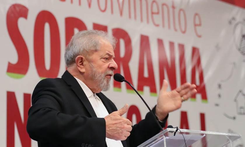 lula1 - 'Brasil está dividido entre candidatura e cadeia para Lula', diz jornal internacional