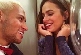 VEJA VÍDEO: Neymar e Marquezine cantam mesmo trecho de música romântica no Instagram