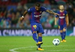 Paulinho se torna referência no Barça e é elogiado por torcedores