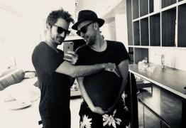 Paulo Gustavo anuncia paternidade de gêmeos
