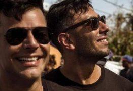 Ricky Martin e o noivo viram voluntários após passagem do furacão Maria em Porto Rico