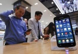 Erros em aplicativos podem expor dados de 180 milhões de celulares, diz empresa de segurança