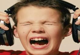 Jovens estão perdendo audição por causa de fones de ouvido