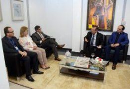 Maranhão se reúne com presidente do TJPB para discutir fim de comarcas