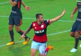 Jogadores do Flamengo brigam durante partida: 'Eu vou quebrar ele lá fora' – VEJA VÍDEOS DA BRIGA