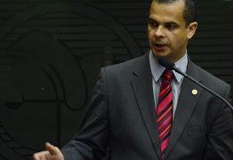Jutay Meneses garante que não pretende adiantar retorno para a ALPB