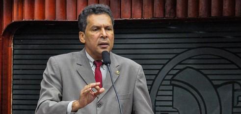 Ricardo barbosa e1447945056635 - Ricardo Barbosa pede desculpas a Gervásio Maia por ataques após arquivamento de PEC