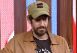 Quadrinista é proibido de usar boné com estrela vermelha em programa da Globo