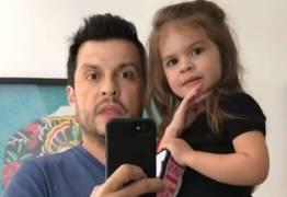 VEJA VÍDEO: Filha do Ceará faz rap da Chapeuzinho Vermelho e encanta a web