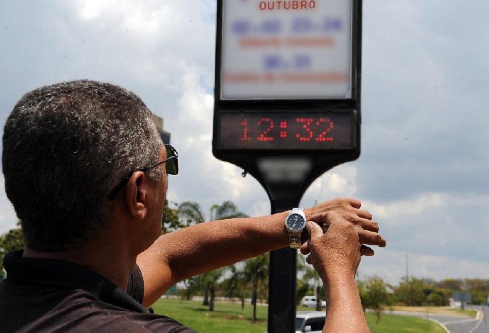 horário de verão... - TSE quer mudanças no Horário de Verão de 2018 por causa das eleições