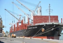 Porto deve receber oito navios e 85 mil toneladas de produtos