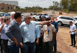 Ricardo inspeciona as obras da Via Perimetral Sul que estão 70% concluídas