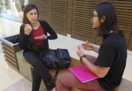 Jovem surda que 'não entendeu nada' do Enem fala sobre redação: 'Conquista'