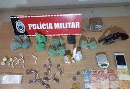 Polícia Militar apreende arma e drogas em ação contra o tráfico em João Pessoa