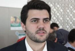 Wilson Filho consegue liberação de R$ 10 milhões para seis escolas técnicas
