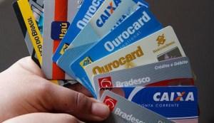 650x375 cartoes de credito 1548430 300x173 - Funcionário de hotel é preso acusado de clonar cartões de hóspedes na capital