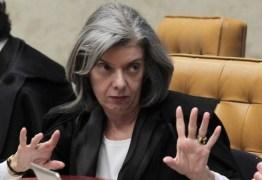 Cármen Lúcia cobra explicações do governo por monitoramento de jornalistas