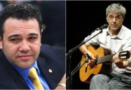 Caetano Veloso entra com queixa no STF contra Marco Feliciano