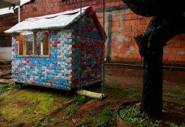 NADA ESCAPA: Casinha de brinquedo é tarifada como 'IPTU complementar'