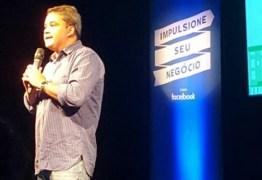 Efraim Filho destaca a importância do empreendedorismo e utilização da internet