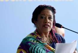 Tucanos falam em demissão de ministra que queria R$ 304 mil em salário
