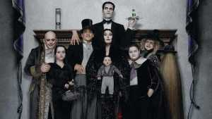 naom 5a381a7e08971 300x169 - 'A Família Addams' voltará às telas em versão animada