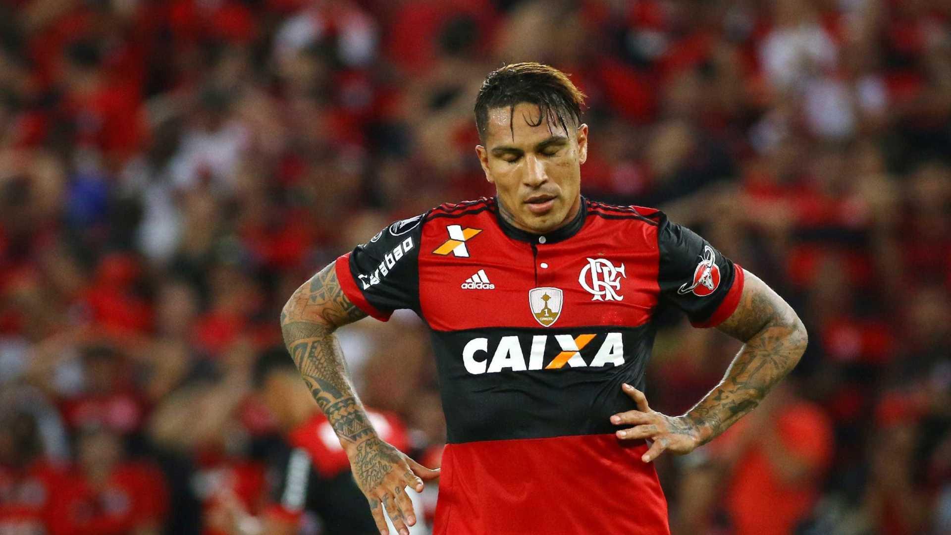 paolo guerrero - Fifa volta atrás e pede pela ampliação da punição de Paolo Guerrero