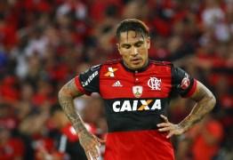 Flamengo planeja processar Paolo Guerrero por direitos de imagem