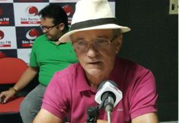 Na São Bento FM: Galego Souza faz desafio a Jullys Roberto e sentencia 'é mentiroso!'; VÍDEO