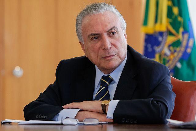 temer 4 1 - Agência S&P rebaixa nota de crédito do Brasil