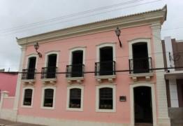 Decreto institui cobrança de taxa para visitas a prédios públicos históricos