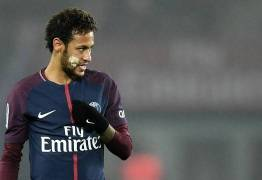 Neymar não treina e ouve críticas de presidente do Lyon