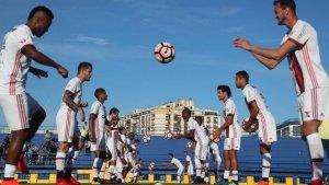 xfla buenos.jpg.pagespeed.ic .ioP6sp63mq 300x169 - Flamengo decide título para cumprir meta e renovar ambição pela Libertadores