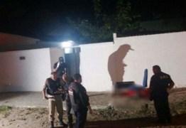 Homem é executado com tiros na cabeça na frente do filho de cinco anos na capital