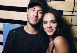 Neymar compartilha foto linda de Bruna Marquezine e Davi Lucca