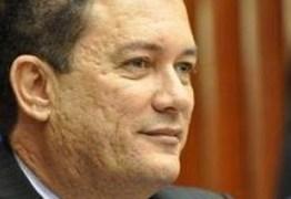Ex-deputados cobram conclusão de adutoras para municípios do Cariri
