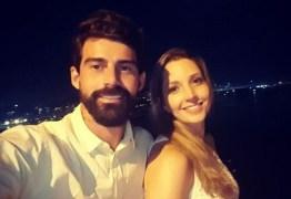 Radamés, ex de Viviane Araújo, divulga ultrassom da namorada grávida