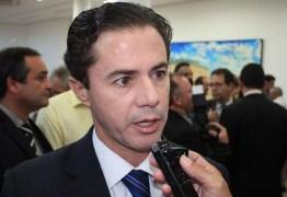 Veneziano quer MDB e PSDB em palanques separados em 2018